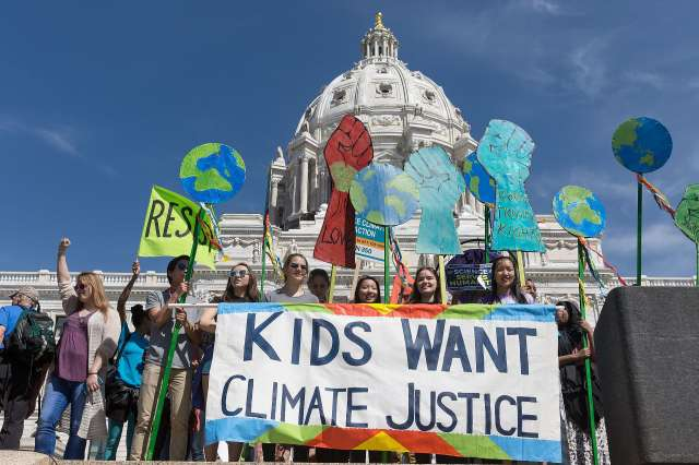 Children marching for climate justice, 2017